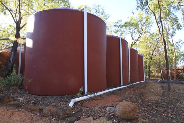 澳洲昆士蘭Undara Experience-雨水蒐集桶-20141116-賴鵬智攝