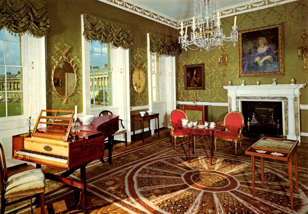 Drawing Room at No. 1 Royal Crescent. Credit Roger W, flickr