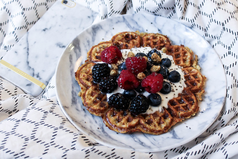 healthy breakfast waffles