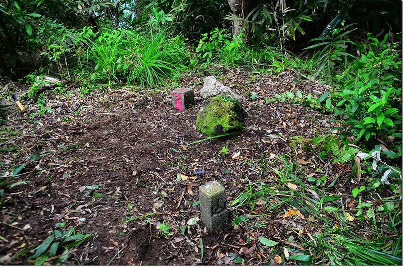 台東新港南溪山森林三角點及山字水泥柱