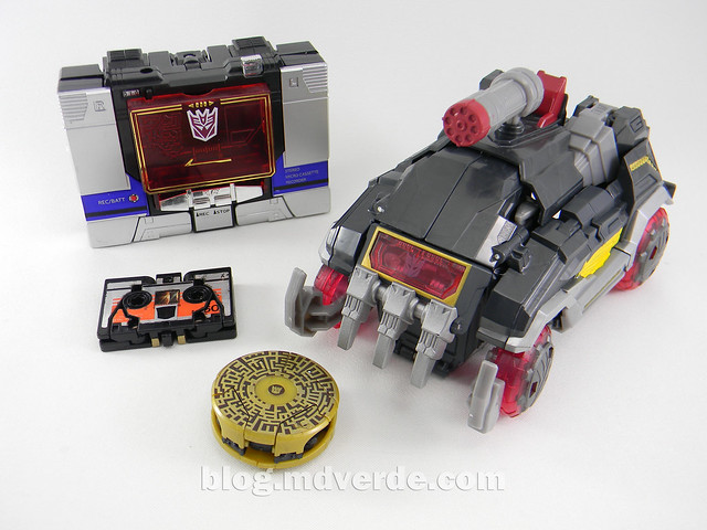 Transformers Soundblaster Voyager - Generations Fall of Cybertron - modo alterno vs G1