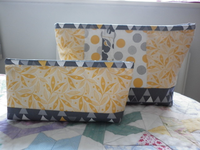 Two Lola pouches for Mam