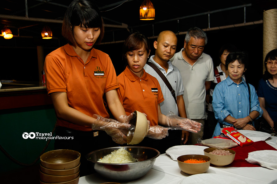 Halong Bay Vietnam 2D1N Trip cooking demonstration