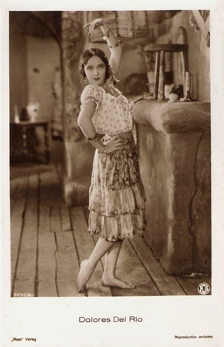 Dolores del Rio in The Loves of Carmen (1927)