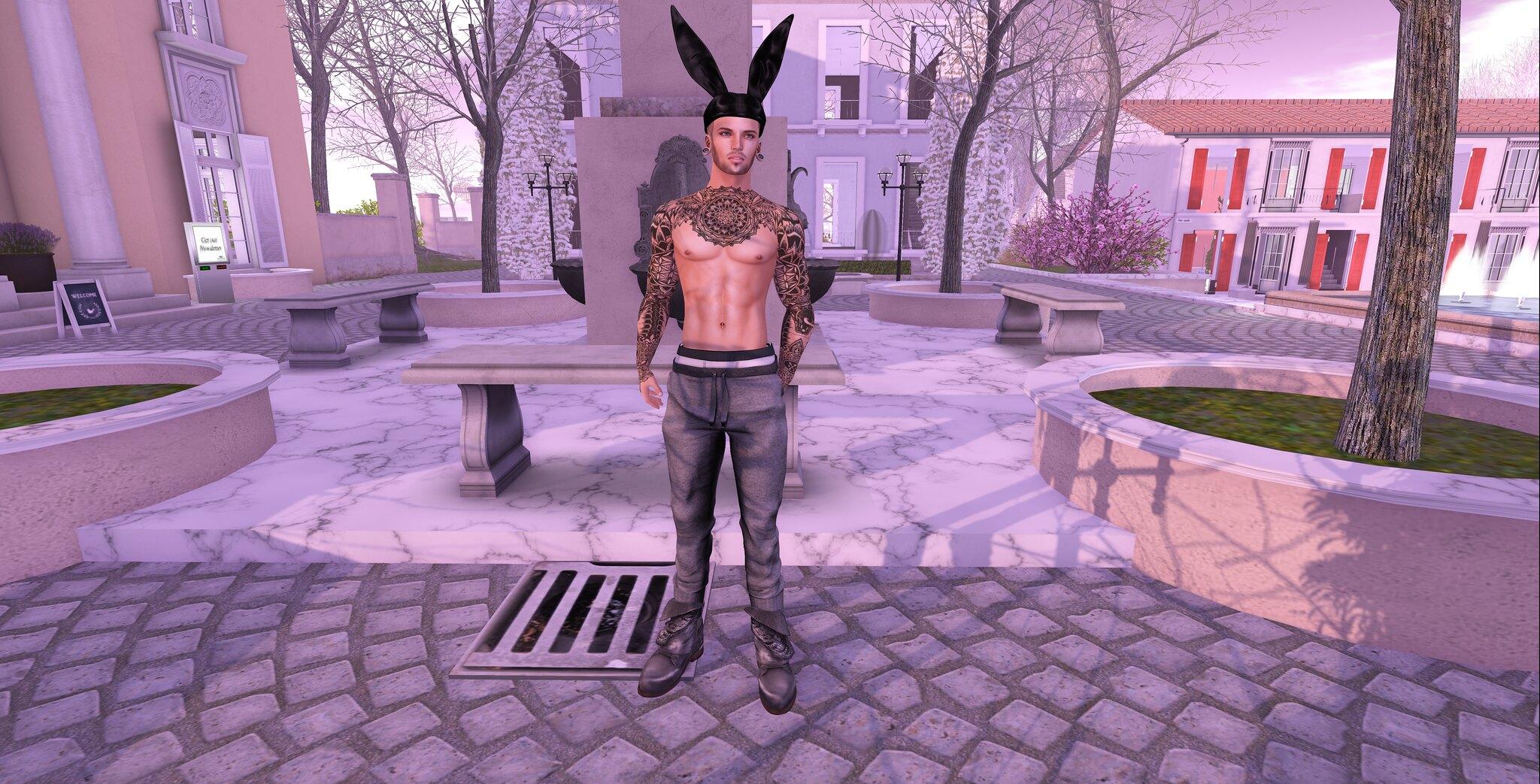Play me like a playboy bunny