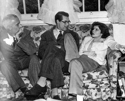 Bringing Up Baby - backstage - Howard Hawks, Cary Grant and Katharine Hepburn - 2