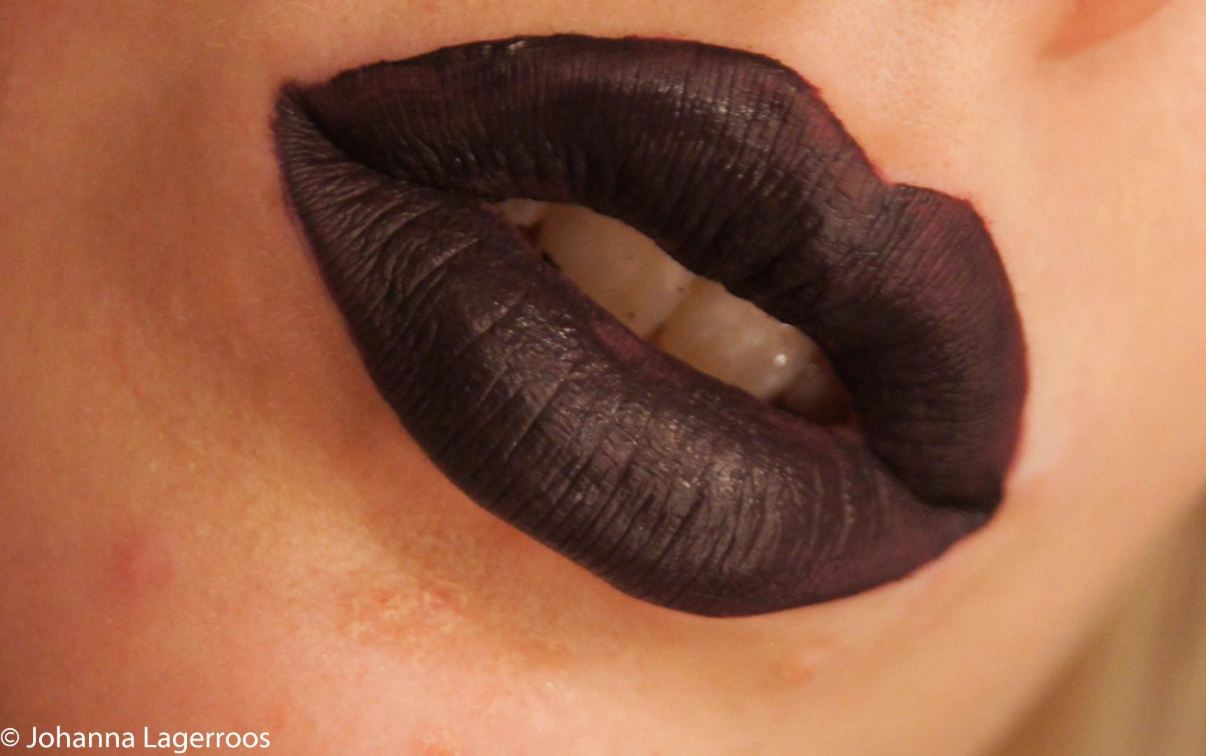 Makeup Revolution Lip Laquer