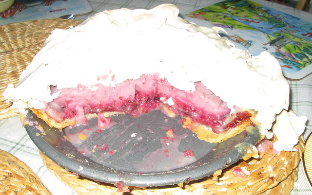 Bakewell Raspberry Meringue Pie