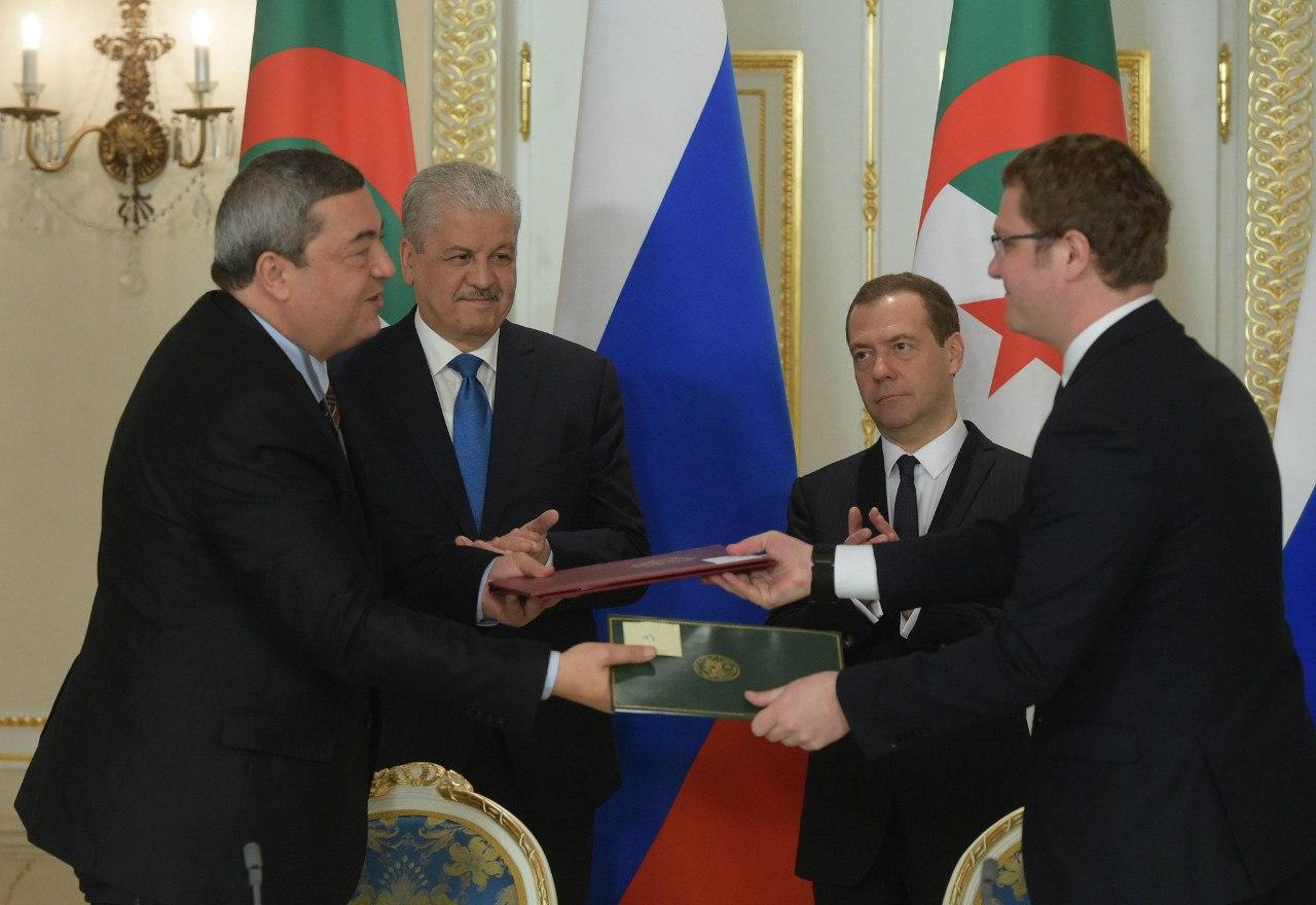 العلاقات الجزائرية الروسية - صفحة 2 26073667643_94f3536fb7_o