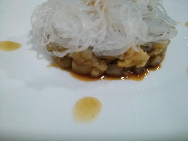 timbal fideos de arroz y verduras