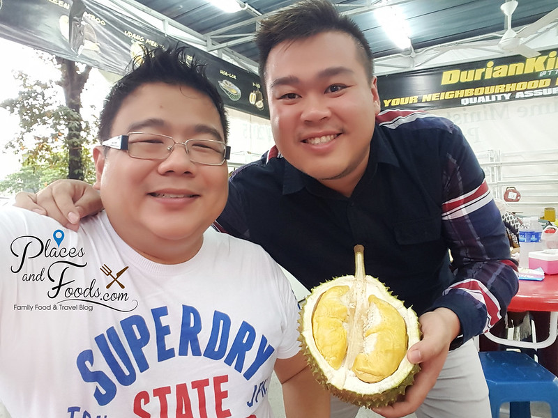 durian king ttdi bukit bintang selfie with owner