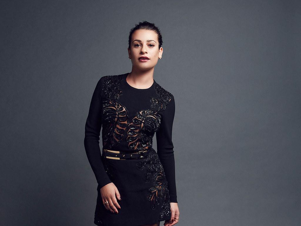 Лиа Мишель — Фотосессия на «People's Choice Awards» 2016 – 5