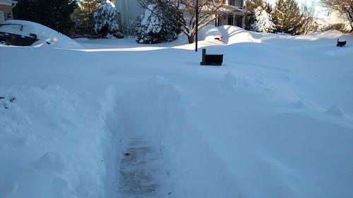 sidewalk in snow 2016-01-24