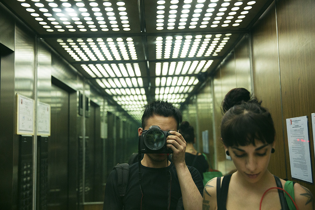 1024px 0307elevator_selfiewhy