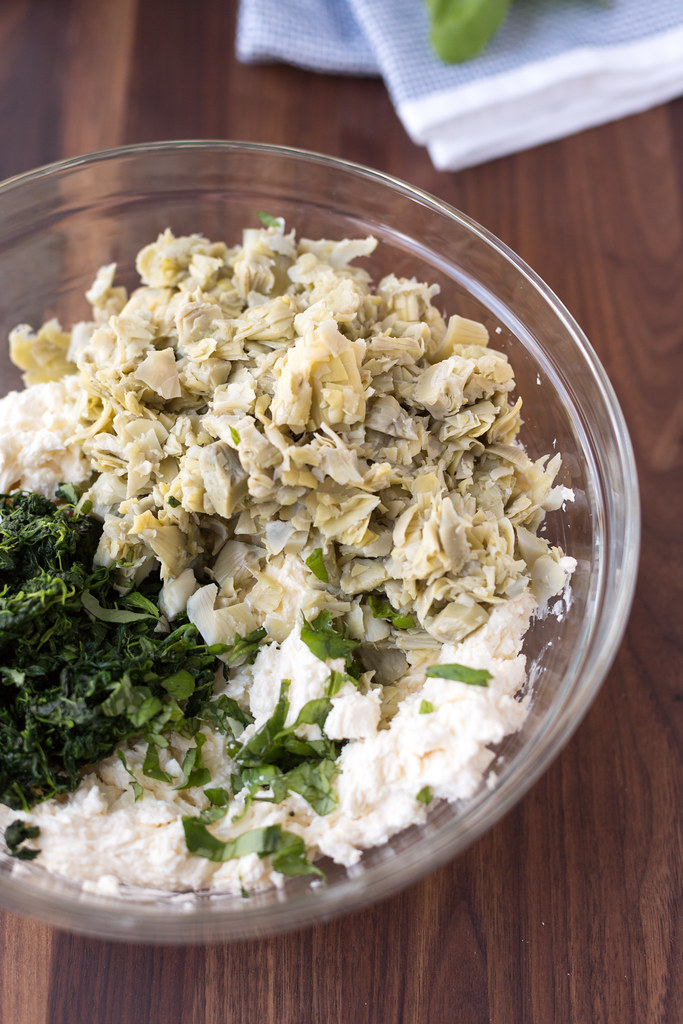 spinach and artichoke dip ingredients in bowl