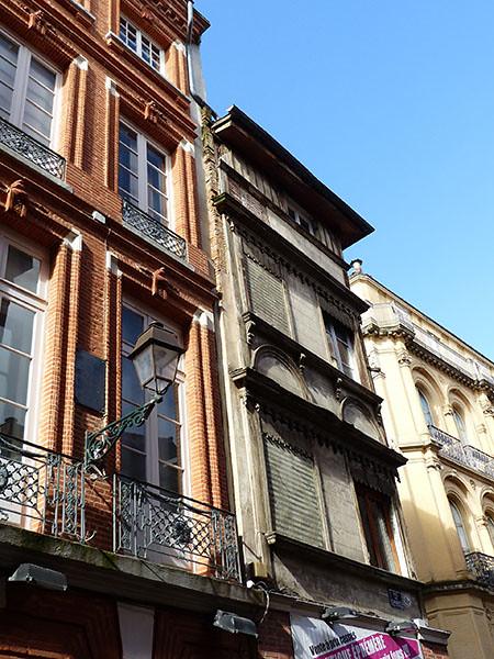 étroite façade