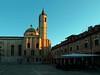 Il primo sole sulla chiesa di San Francesco