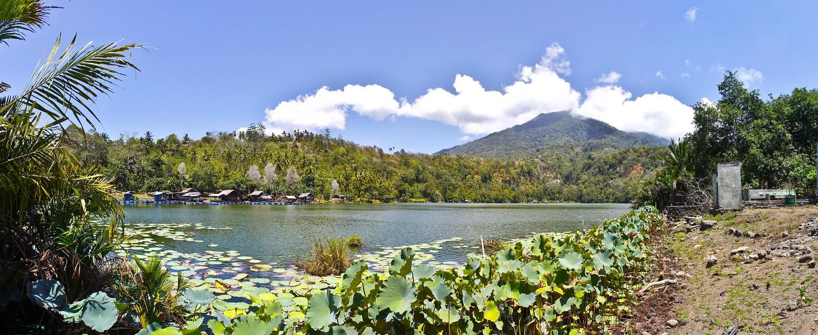 Panoramica laguna en Ternate