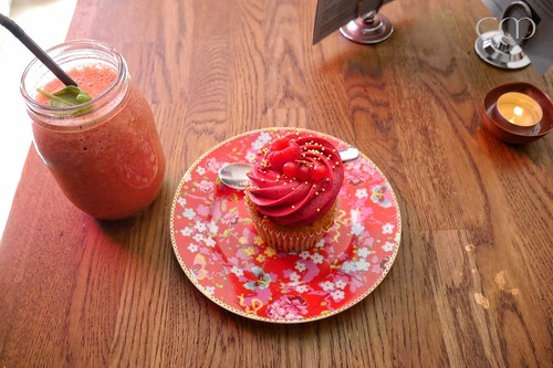 Smoothie, Cupcake....