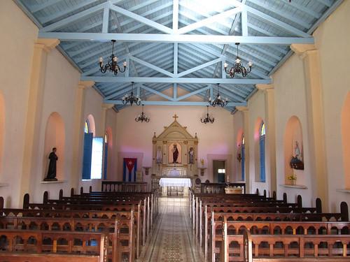 Viñales: l'église du village