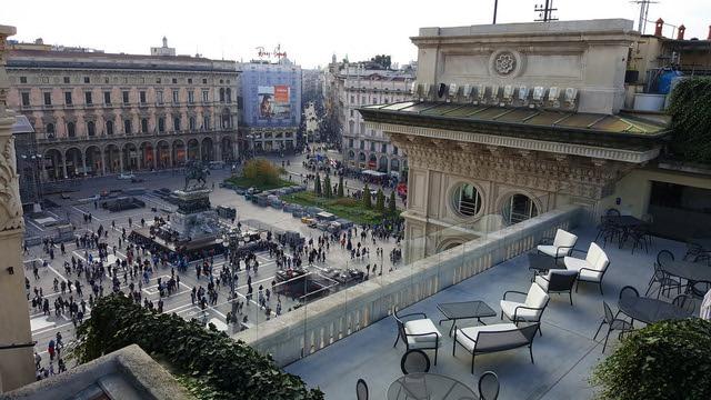 Il Mercato Del Duomo Milano - Panoramic view of Duomo Square