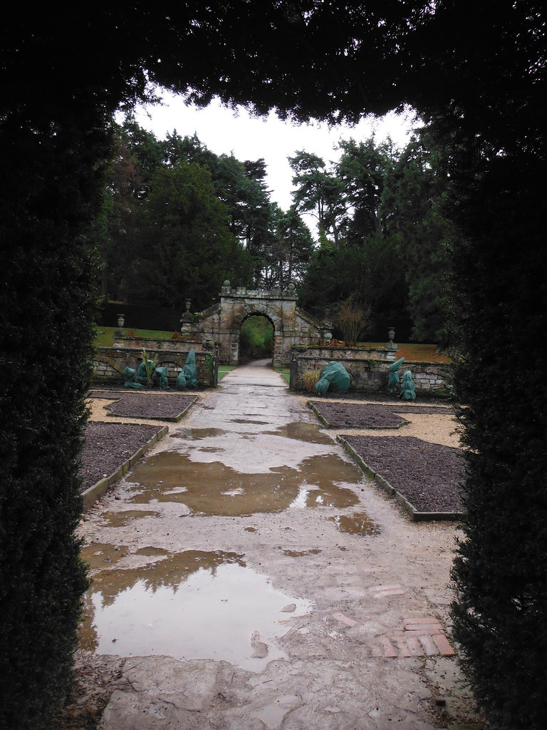 Chatsworth House Maze 2