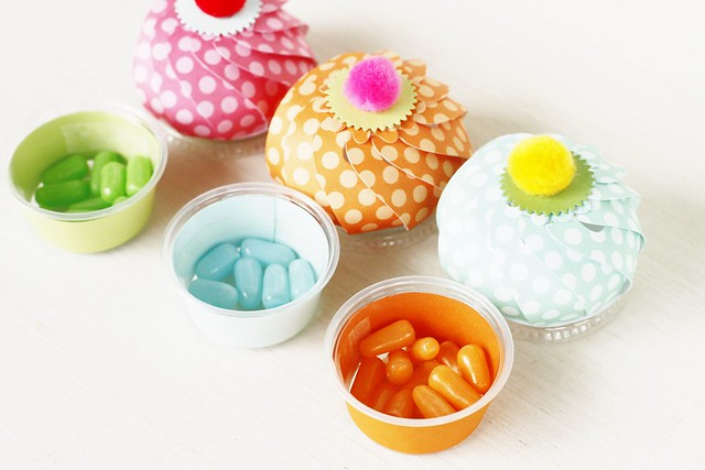 Snack Cup Wrap Die by Papertrey Ink + snack cups hold candy in style.