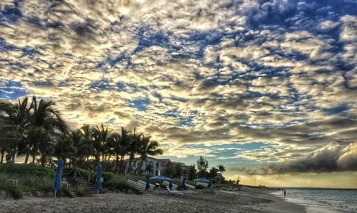 sunset beach clouds bahamas turksandcaicos gracebay gracebaybeach