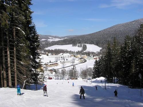 Lyžujte na Šumavě v lyžařském středisku HORNÍ VLTAVICE - Nad Kovárnou