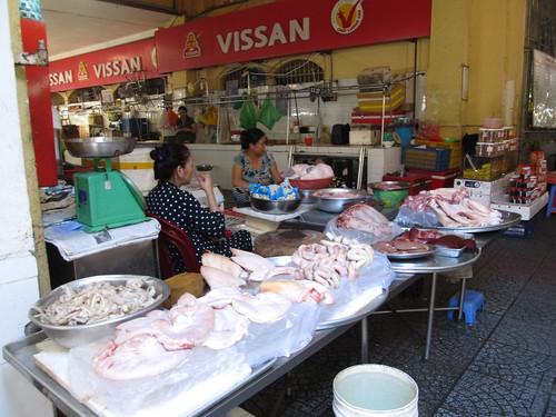 Ho Chi Minh Ville: des tripes, du foie, du coeur, de la langue, du groin... Mmmm.