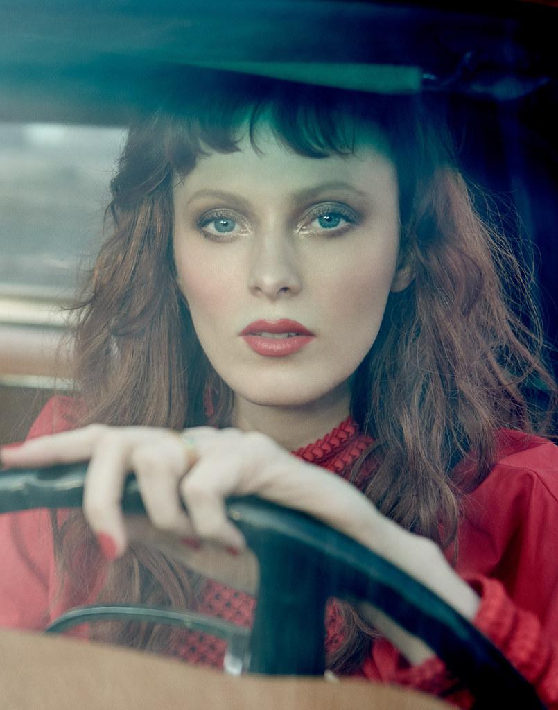 Карен Элсон — Фотосессия для «Harper's Bazaar» SG 2016 – 7