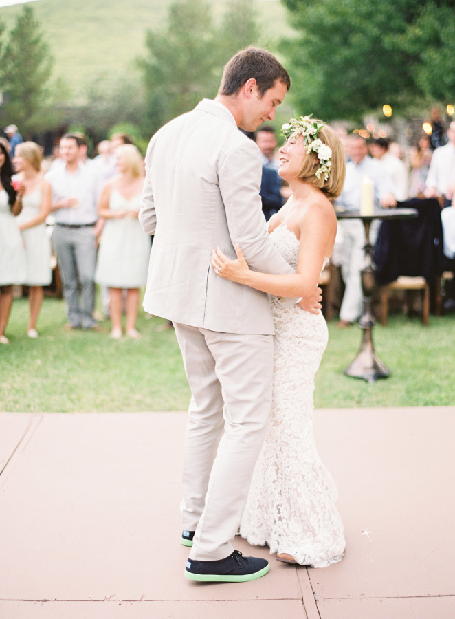 Bride and Groom First Dance ,Anna Maier Ulla Maija Wedding Dress,Floral Crown