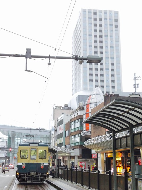 福井鉄道600型@福井駅前。, Fujifilm FinePix F1000EXR