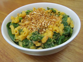 Mac and Cheese Bowl with Spinach and Garlic Breadcrumbs