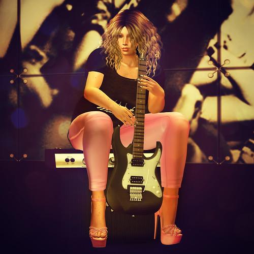 Even rockstars wear Pink