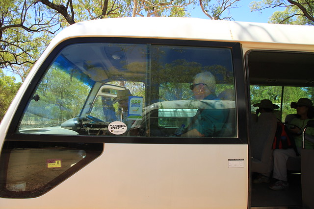 澳洲昆士蘭Undara Experience生態旅遊標章接駁車-20141116-賴鵬智攝