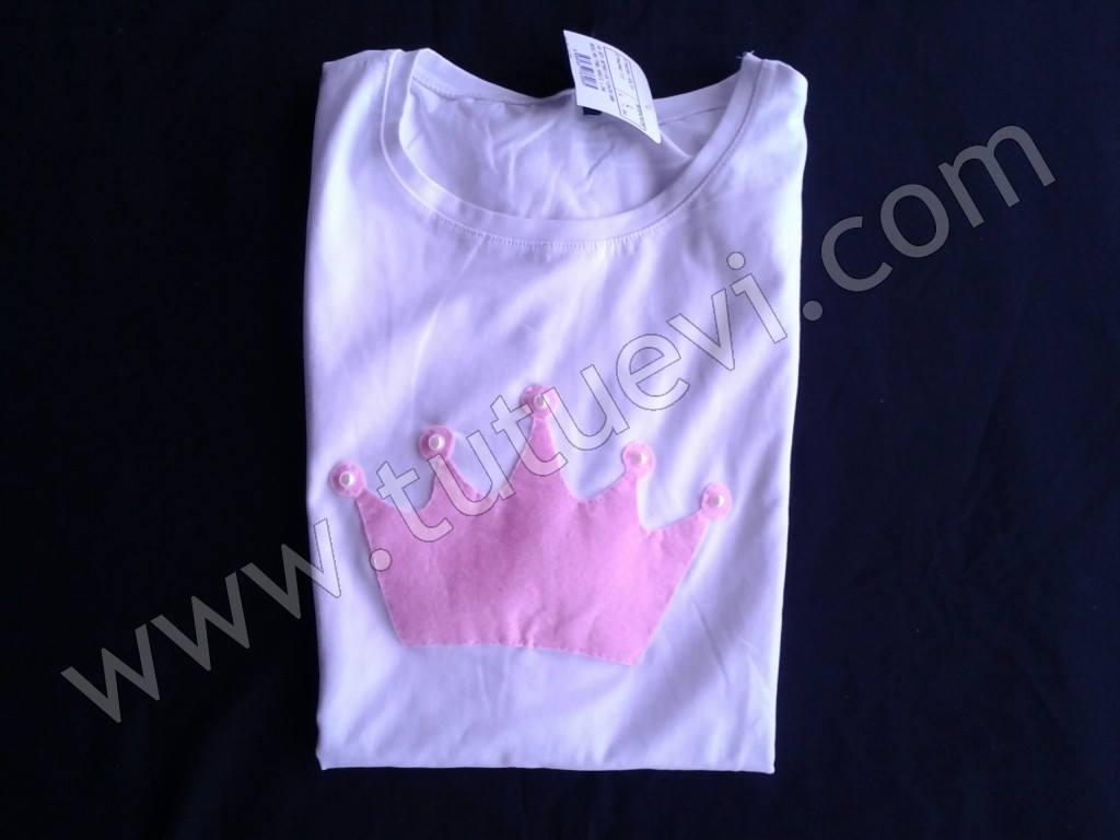 İlknur Hanımın özel olarak hazırlattığı body hazır, elbise sahibinin mutlu günlerde giymesini diliyoruz.