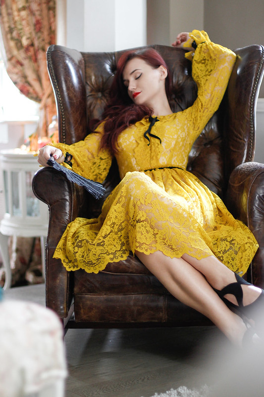 yellow lace5