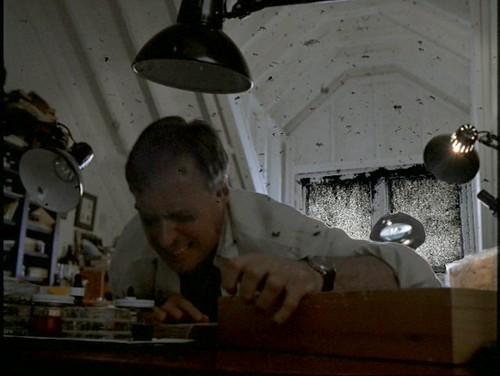 The X-Files - S04 - Zero-Sum - 2