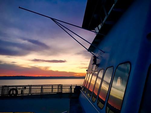 ferry sunrise ships pugetsound vashonisland iphone 57366 iphoneography mvcathlemat