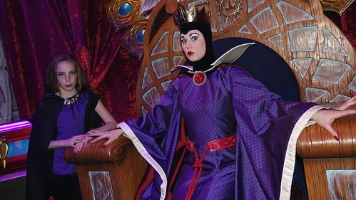 Snow Queen Club Villain at Disney's Hollywood Studios in Disney World (193)