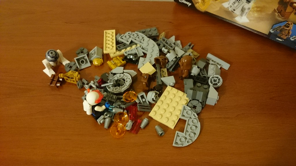 ThebrickReview: LEGO 75136 - (Star Wars) Droid Escape Pod (Pic Heavy!) 25279117854_c76f280ede_b