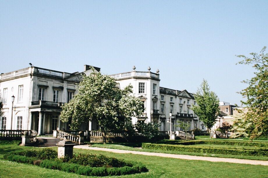 Middlesex vs Roehampton