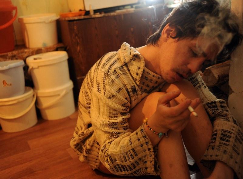 戰鬥民族沈浸在性與毒品中的青春紀實:嗨皮就好22