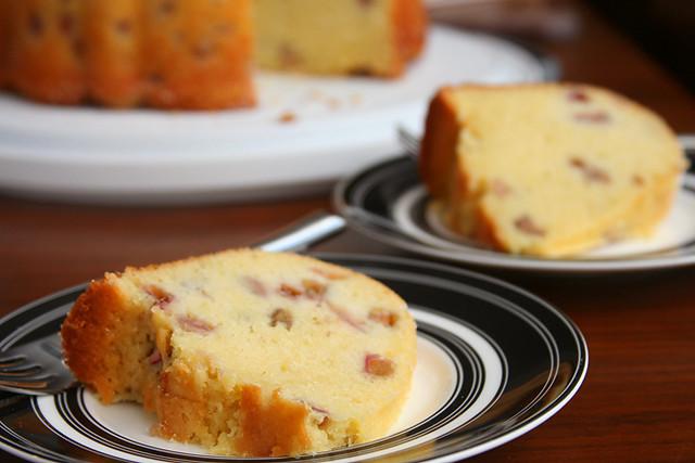 rhubarb pound cake 6