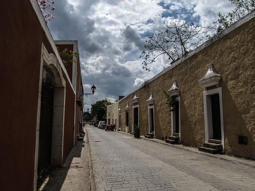 Valladolid: calzada de los frailes