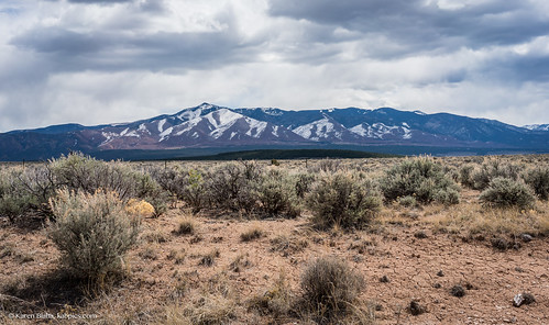 travel mountain mountains newmexico southwest west nature outdoors scenery view hiking taos viewpoint nationalmonument americanwest sangredecristomountains theamericanwest thewest northernnewmexico flagpeak lobopeak chiflotrail
