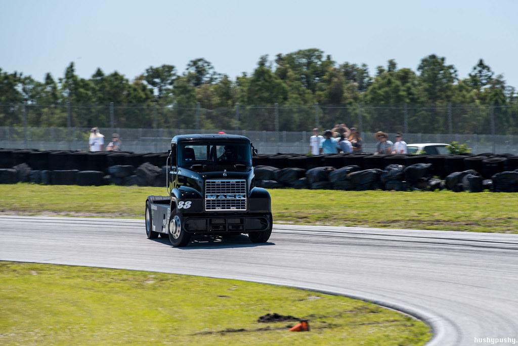 ChampTruck drifting