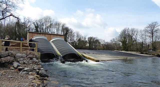 Hydro and weir