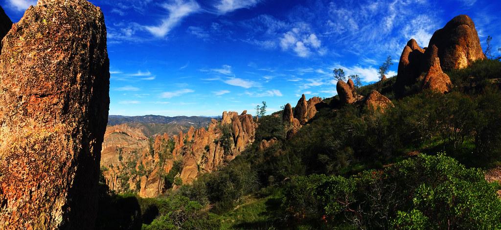 High Peaks Trail, Pinnacles National Park, California, USA